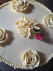 Detail of buttercream flowers